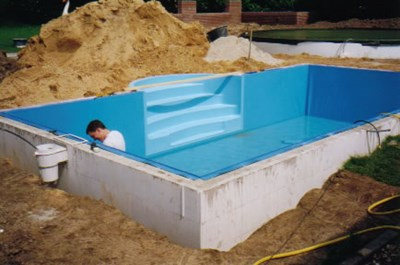Maatwerk zwembaden living luxury pools for Opbouw zwembaden